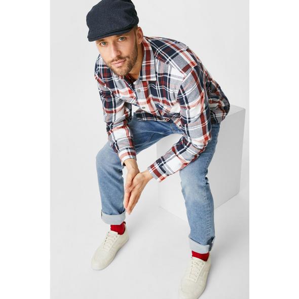 Slim Jeans - Jog Denim - wassersparend produziert
